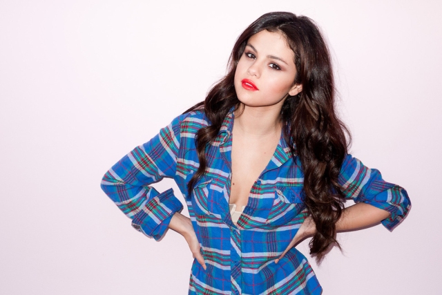 terry-richardson-shoots-selena-gomez-for-harpers-bazaar-01
