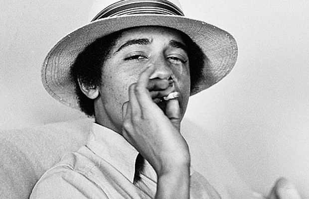 itiqm_obama_smoking_joint_602993