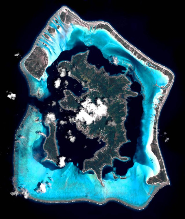 satellite-aerial-bora-bora-from-space-pleiades-france-1