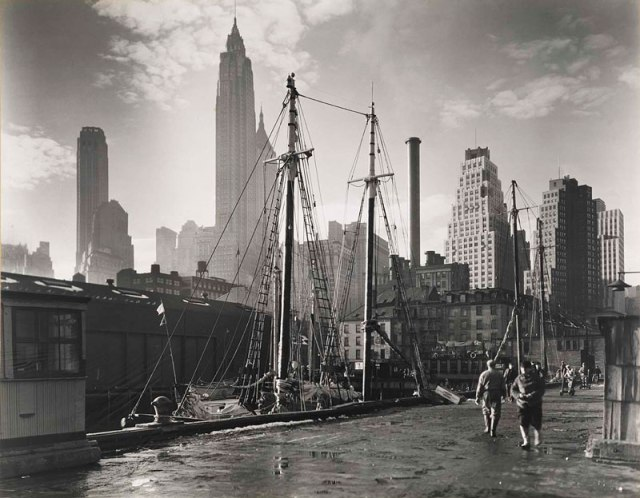 vintage-new-york-city-1935-manhattan-skyline-fulton-street-dock-pier-17